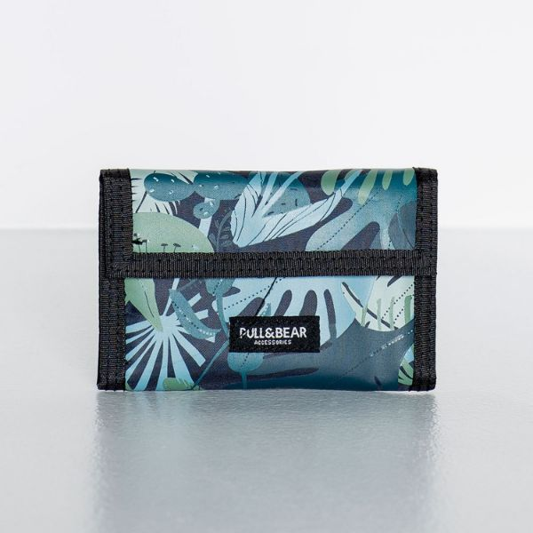 Picture of Compact Floral Print Wallet